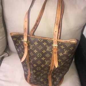 Authentic Louis Vuitton GM bag.